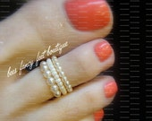 Stacking Toe Ring - Cream Pearls - Stretch Bead Toe Ring