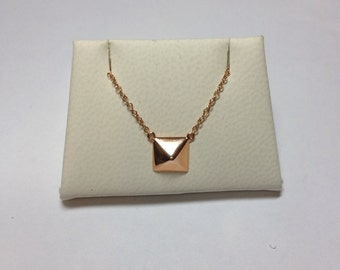 14k Gold Pyramid Stud Necklace/Trendy