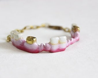 Fang Teeth Bracelet / Hand-Painting Color/ Punk Rock Jewelry / Adjustable Brass Metal Work Cuff