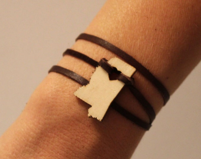Mississippi Leather Wrap Bracelet States of Love State Jewelry