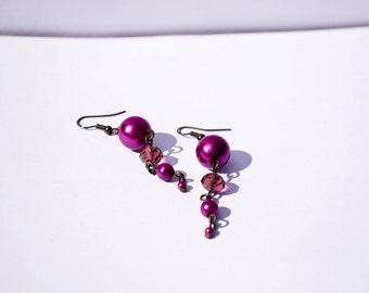 Purple Berries in Dawn - Violetish Dangle Beaded Earrings, Renaissance Earrings, Retro Earrings