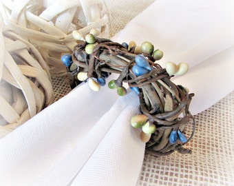 Summer Napkin Rings, Green Yellow Blue Pip Berry Napkin Rings, Rustic Grapevine Napkin Rings, Spring Summer Party Table Decor Decoration
