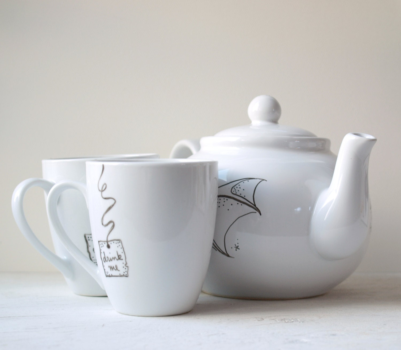 mad hatter tea set from alice in wonderland