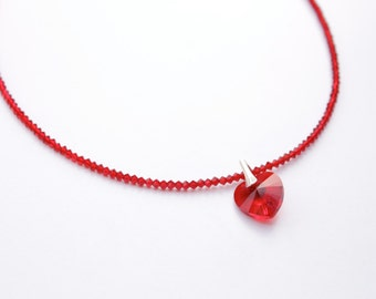 Choker red crystal heart ideal for Valentine's Day.