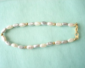 Vintage Single Strand Fresh Water Pearl Bracelet White, Pink, Blue Colored Pearls