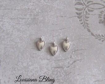 16 Pieces Tiny Heart Charms, Heart Charms, Heart Charm, Pendants 13x7mm Antique Silver 1-23-S