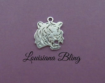6 Pieces Double Sided Tiger Flat Pendant Charm 23x25mm Antique Silver finish, tiger head charms, tiger chams 6-4-S