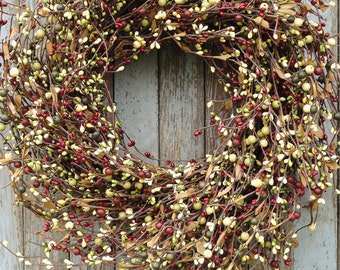 Christmas Pip Berry Wreath--Christmas Pip Berry Wreath--Holiday Berry Wreath--Red and Green Christmas Wreath--Primitive Wreath