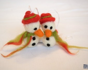 Snowman with red hat, christmas ornament, cute snowman, red and green, wine bottle tag, holiday home decor, christmas novelty, set of 2
