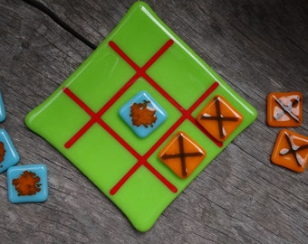 Glass Noughts and Crosses Game