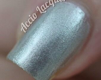 chrome nail polish Vegan Nail polish in liquid chrome