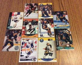25 Buffalo Sabres Hockey Cards