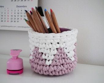 modern crochet design for home by loopinghome on etsy. Black Bedroom Furniture Sets. Home Design Ideas