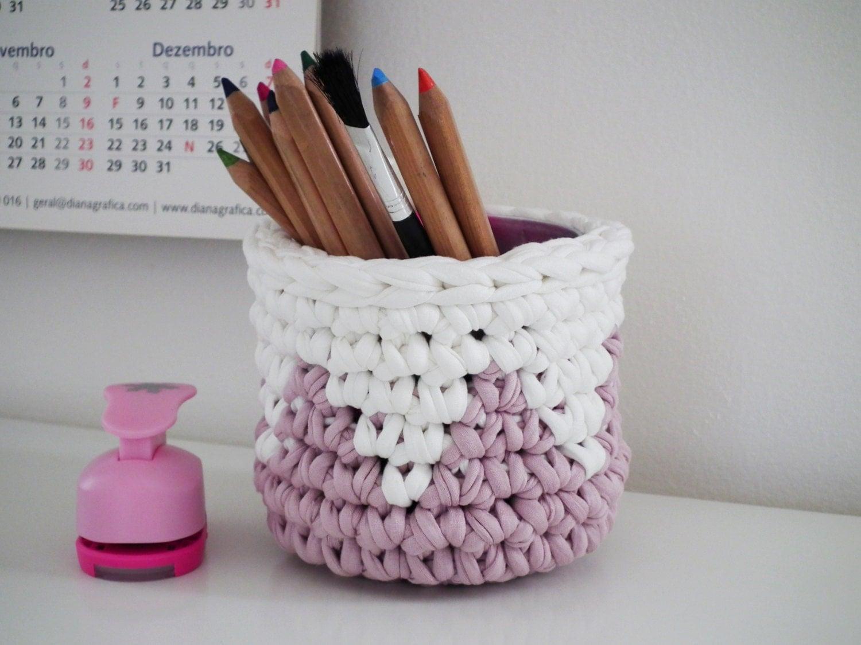 pastel pink crochet hanging basket pastel pink by loopinghome. Black Bedroom Furniture Sets. Home Design Ideas