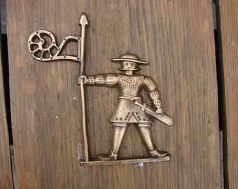 Vintage handmaid solid bronze heavy wall hanging decor for Kitchen cabinets lowes with hanging heavy wall art