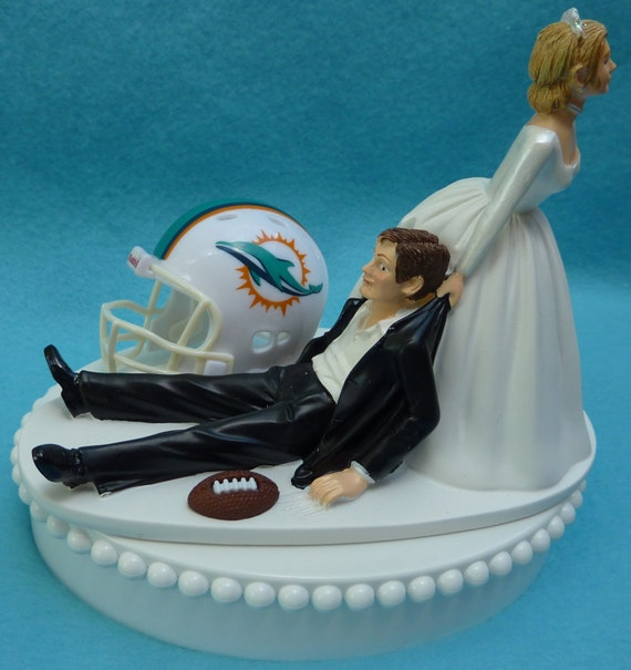 Miami Dolphins Wedding Cake Topper Cake and cupacke simple