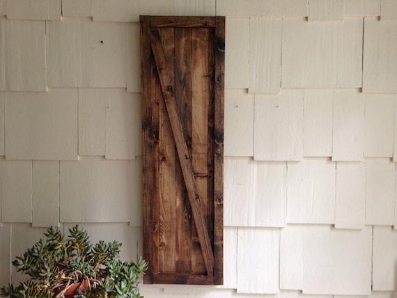 Barn door wall hanging rustic barn door decor art hanging for Hanging barn door in house