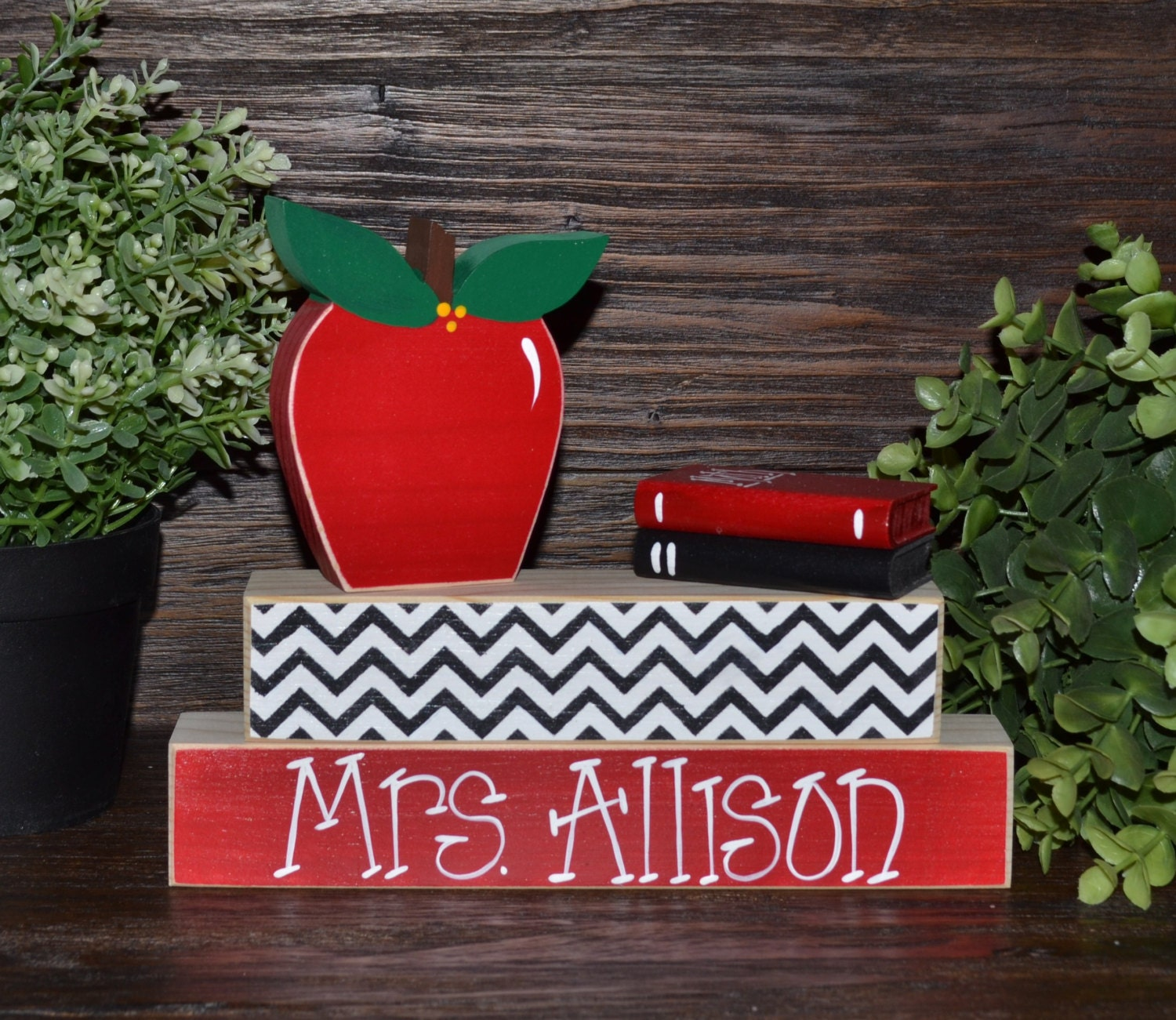 Personalized Gifts: Unique Teacher Gift Personalized Teacher Name Plate Apple