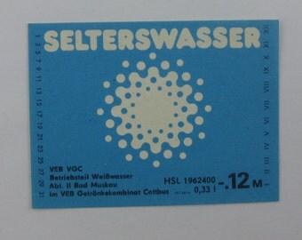 One beverage label from the GDR (3): Selterswasser [seltzer water]. VEB VGC, Weißwasser, Bad Muskau, Getränkekombinat Cottbus. Vintage