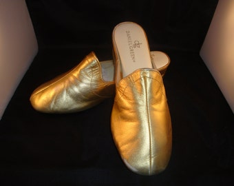 Vintage Daniel Green Classic Gold Leather Slippers/ Shoes Size 9 (1980s)