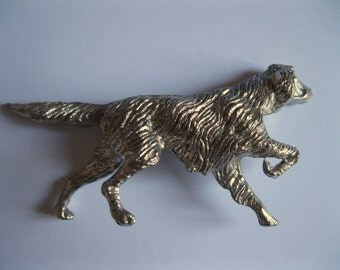 Beautifully detailed solid white metal dog figurine pointer hound
