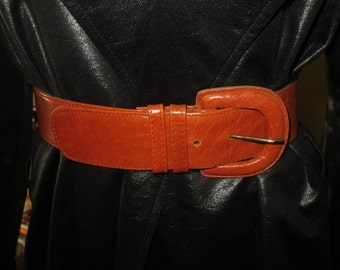Vintage Womens Tan Leather Wide Belt , Karen Palmer Holt Renfrew , Size Small