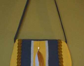 Yellow shoulderbag Cadence