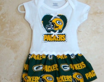 DISCONTINUING ITEM, Football Appliqued One piece Romper, Green Bay Packers Onesie, Green Bay Packers Baby Tees, Sports Rompers,