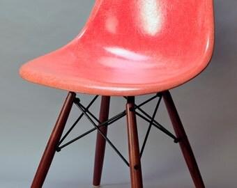 widemount Herman Miller chair walnut leg bases