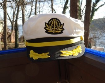 Captains Hat for the captain of your vessel