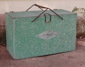 Green Galvanized Metal Ice Chest, Vintage Portable Insulated Cooler, Picnic Cooler Camping Industrial Rustic Metal Box Storage Box