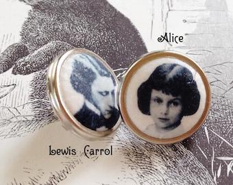 Tablewear earrings - Alice in Wonderland and Lewis Carroll . Handmade in Montreal