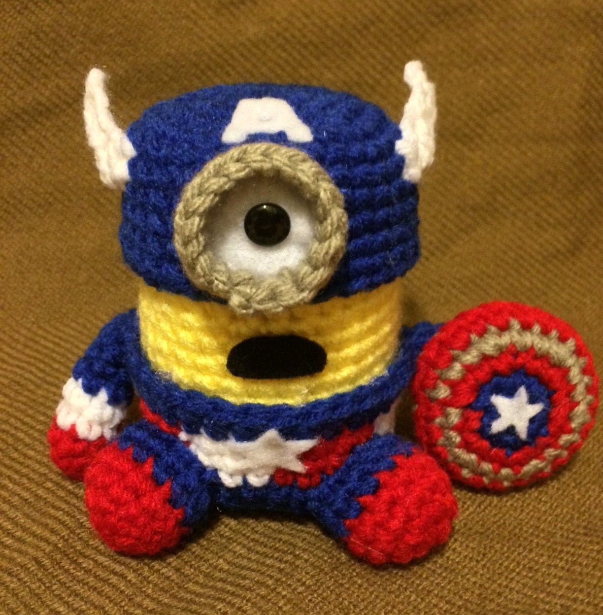 Minion Captain America Amigurumi : Captain America Minion PDF Pattern Crochet for Amigurumi Doll