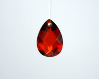 1 Cubic Zirconia Pear Shaped Pendant in Garnet Red - 10 x 7 mm