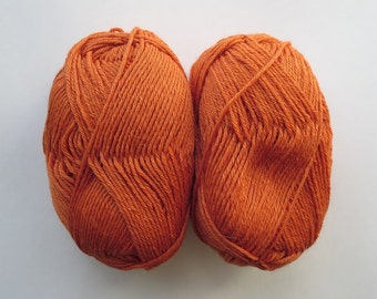 80% Baby Alpaca, 20 percent Silk (1.75 oz - 145 yards) Free Shipping!