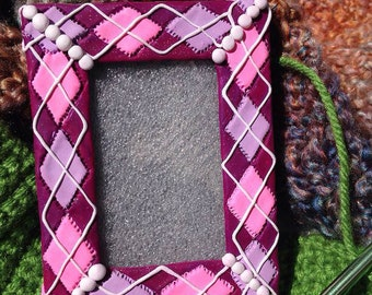 Purple and Pink Argyle 2x3 Frame