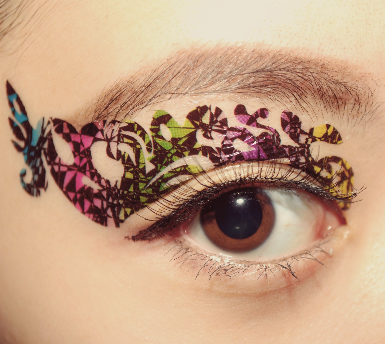 Temporary tattoo eye makeup eyeshadow appliqu festival tie for Eye temporary tattoo makeup