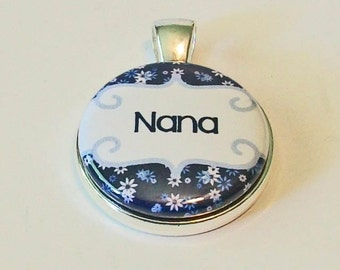 So Pretty Blue and White Floral Nana Grandmother Round Silver Pendant
