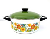 1970's Vintage Retro - Mod Large Enamel Floral - Flower Cooking Pot with Green Lid - 1 Gallon/4 Quarts