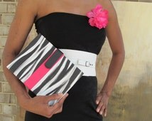 The Trend Setter hand painted zebra belted 3-ring organizer