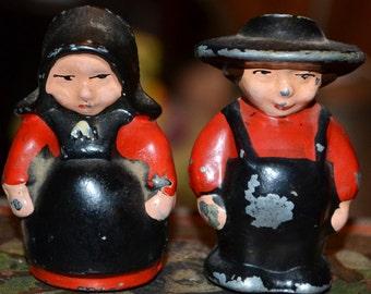 "Metal ""Amish"" Couple Salt & Pepper Shakers"