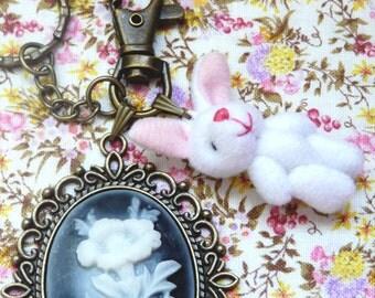 White Rabbit Keychain - Alice in Wonderland - victorian - kawaii - wonderland keyring - wonderland jewelry