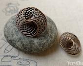10 pcs of Antique Copper 3 Dimensional Spiro Coil Wire Knots 21mm A6165