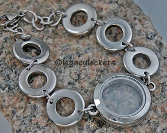 how to put on a charm bracelet by yourself
