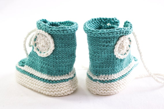 Knitting Patterns For Baby Trainers : KNITTING PATTERN, PDF, Knit Sneaker Booties Pattern,Trainer Booties, Baby Lac...