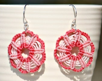 Earrings, macramé