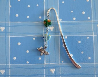 Glass Hearts Bee Bookmark