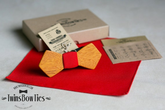Mens wooden bow tie Svyatoslav Retro + pocket square. Wood and Fabric. 100% hand made. Wood accessories.
