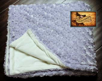 FUR ACCENTS Minky Cuddle Fur Throw Blanket / Reversible / Lilac Rosebuds and Ivory