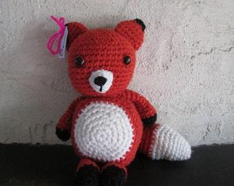 Plump crochet fox toy